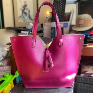 Beautiful Magenta Hot Pink Neiman Marcus Tote!!
